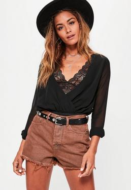 Shorts de cintura alta en marrón