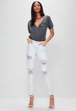 Hohe Gerippte Mom-Jeans in Ankle-Grazer-Länge in Weiß