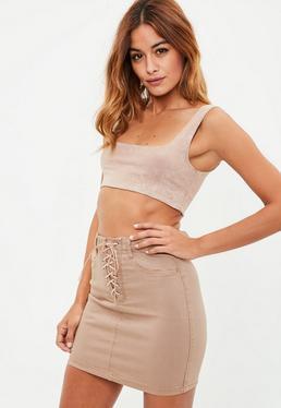 Minifalda denim elástica con detalles entrelazados en camel