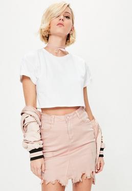 Różowa poszarpana jeansowa spódniczka mini