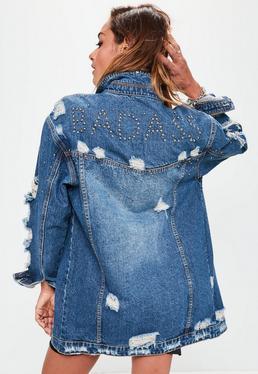 Niebieska długa jeansowa kurtka katana z ćwiekami