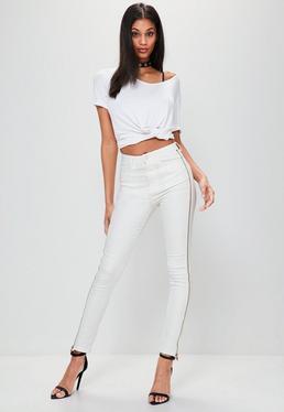 Białe dopasowane jeansy Rebel z wysokim stanem i zamkami po bokach