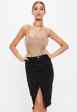 Czarna jeansowa spódnica midi