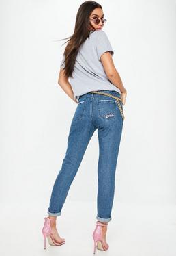 Barbie x Missguided Niebieskie jeansy Mom z wysokim stanem
