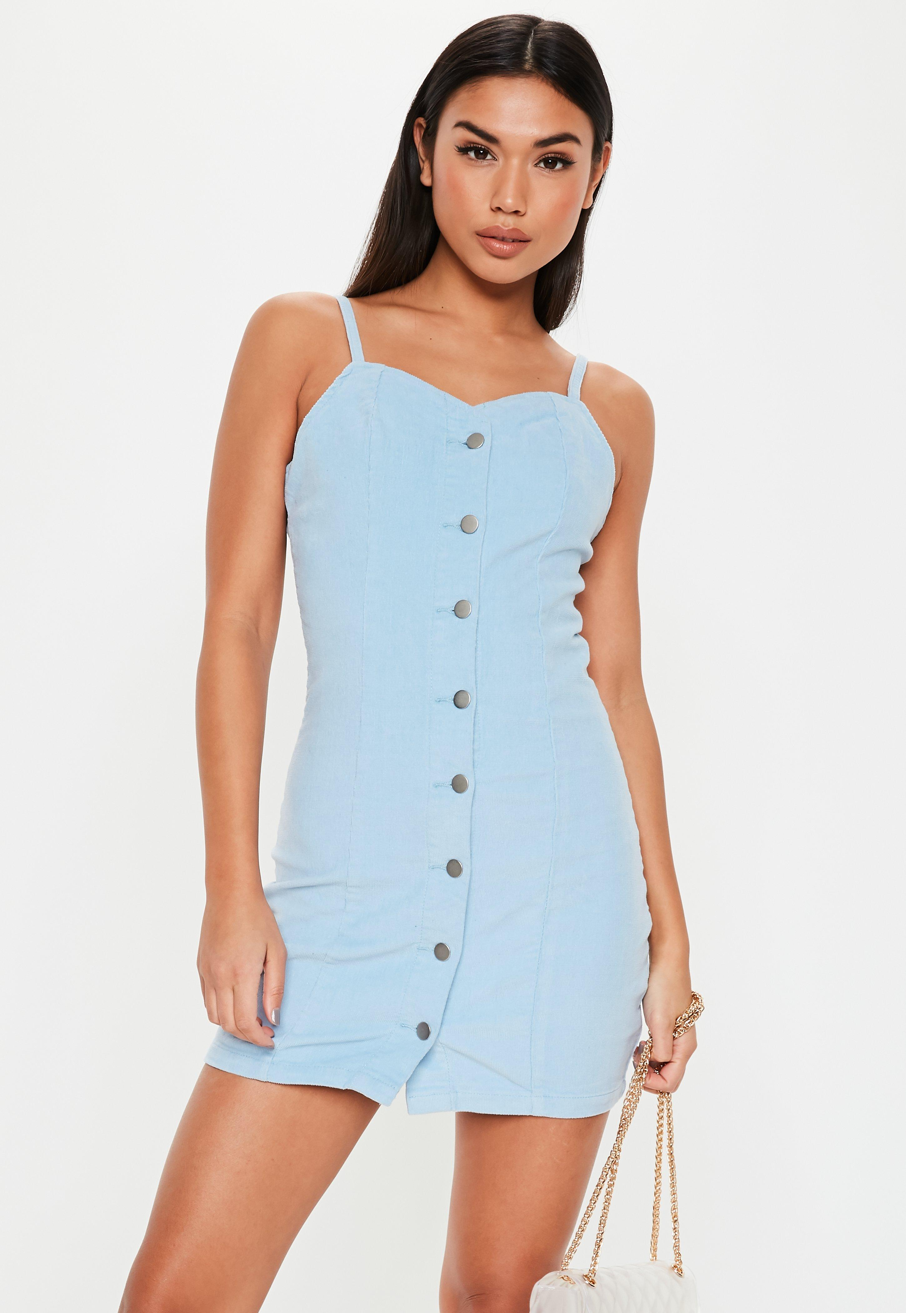 74496d36 Niebieska sztruksowa sukienka zapinana na guziki