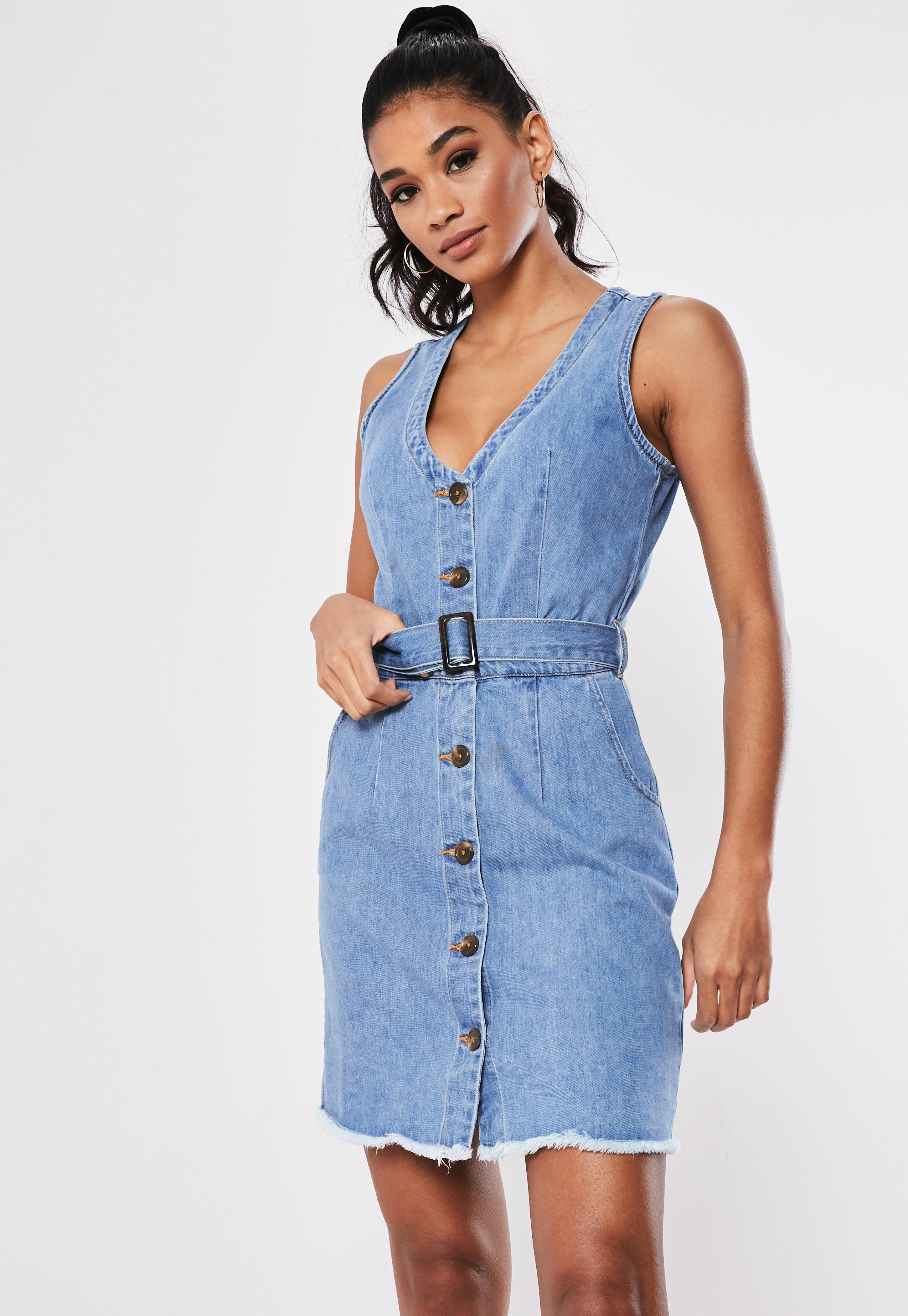 c88489f0 Niebieska jeansowa sukienka z paskiem