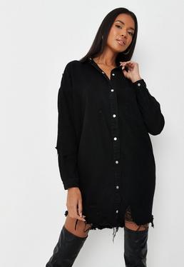 Czarna postrz?piona jeansowa sukienka koszula
