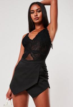Falda pantalón con detalle cruzado negra