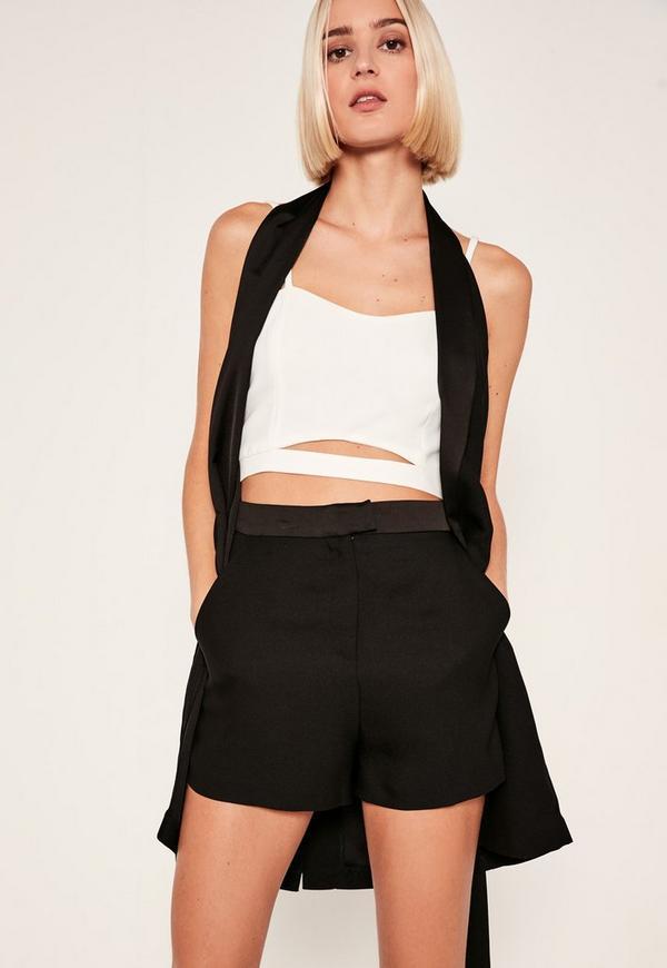 Satin Highwaisted Shorts Black