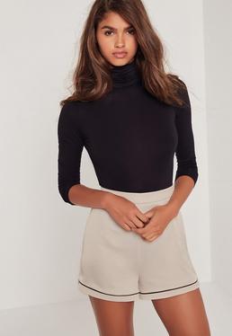 Short en satin gris Premium avec couture contrastante