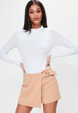 Falda pantalón con detalle de anillo en rosa