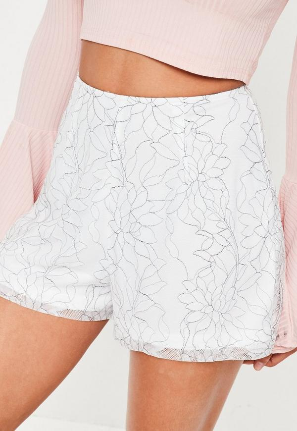 Find and save ideas about Tailored shorts on Pinterest.   See more ideas about Two piece casual dress, Grey clothes and Vestido plisado estilo moderno.