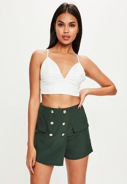 Falda pantalón con botones en verde
