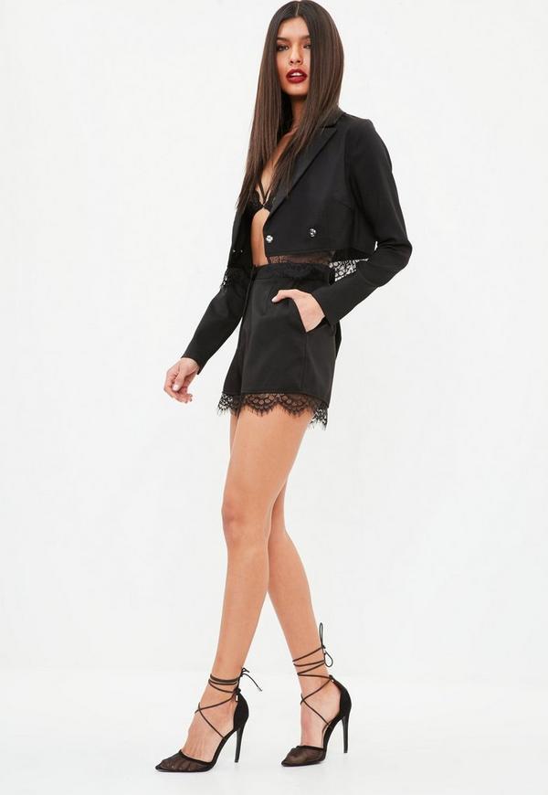 schwarze high waist shorts mit spitzensaum missguided. Black Bedroom Furniture Sets. Home Design Ideas