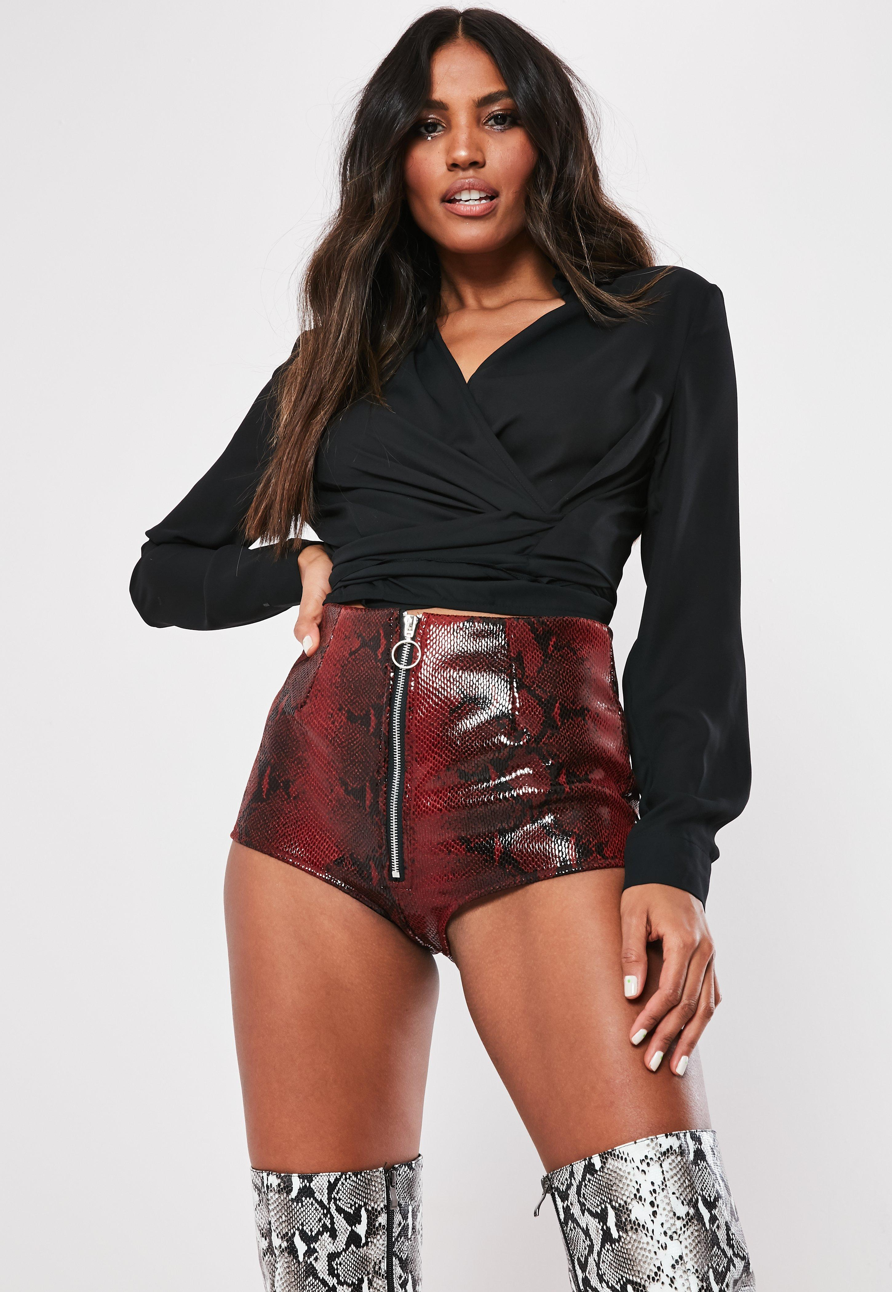 fd592b98b696 red-snake-print-faux-leather-ring-pull-hot-pant-shorts