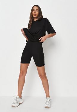 Czarny komplet owersajzowy t-shirt i spodenki kolarki