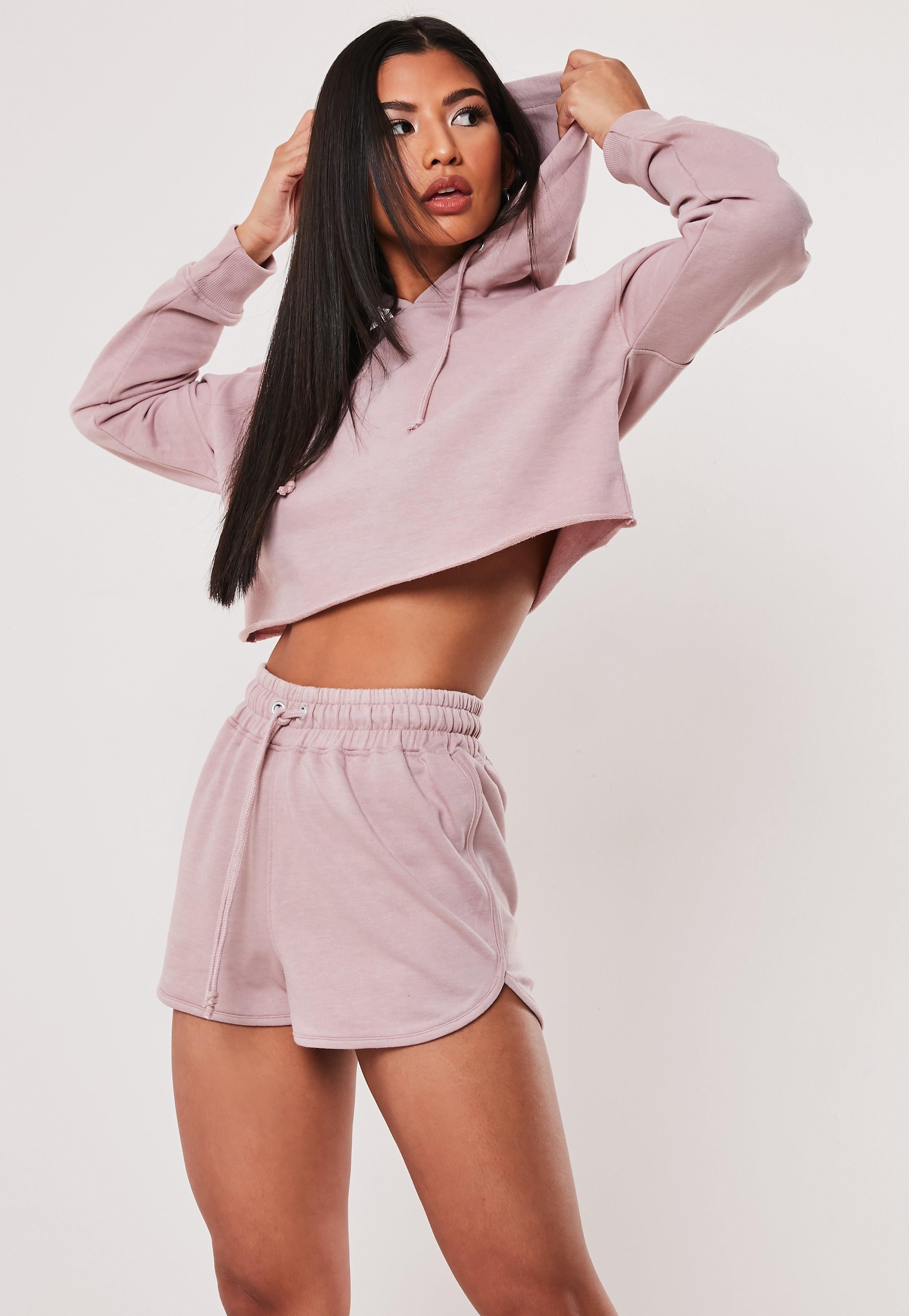 77a345fa83ff39 Ensemble sweat à capuche et short rose