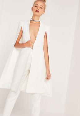 Americana estilo capa larga blanca
