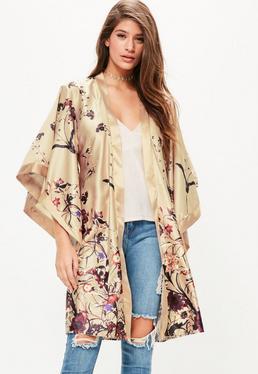Kimono soyeux doré imprimé fleuri