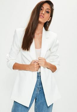 Blazer larga en blanco