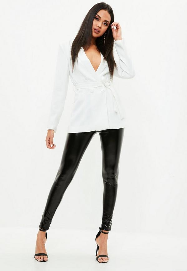 langer blazer mit tailleng rtel in wei missguided. Black Bedroom Furniture Sets. Home Design Ideas