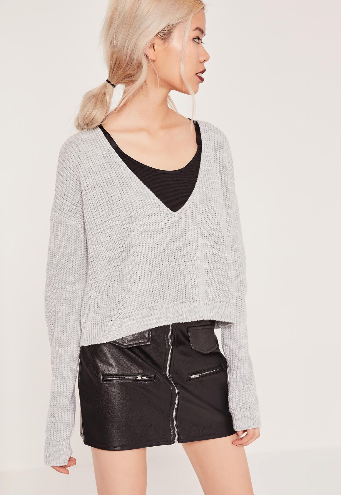 Grey V-Neck Slouchy Cropped Sweater | Missguided
