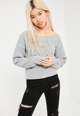 Szary poszarpany krótki sweterek z dzianiny