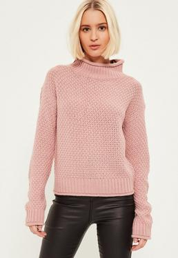 Pull rose cosy à col montant