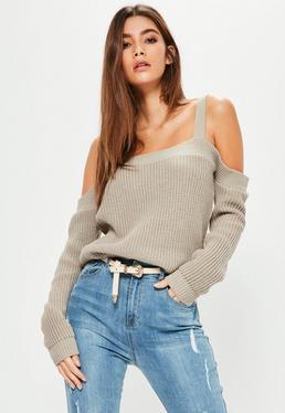 Szary sweter bardot na ramiączkach