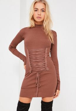 Robe courte côtelée marron effet corset