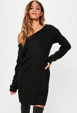 Czarna sukienka swetrowa z odkrytym ramieniem