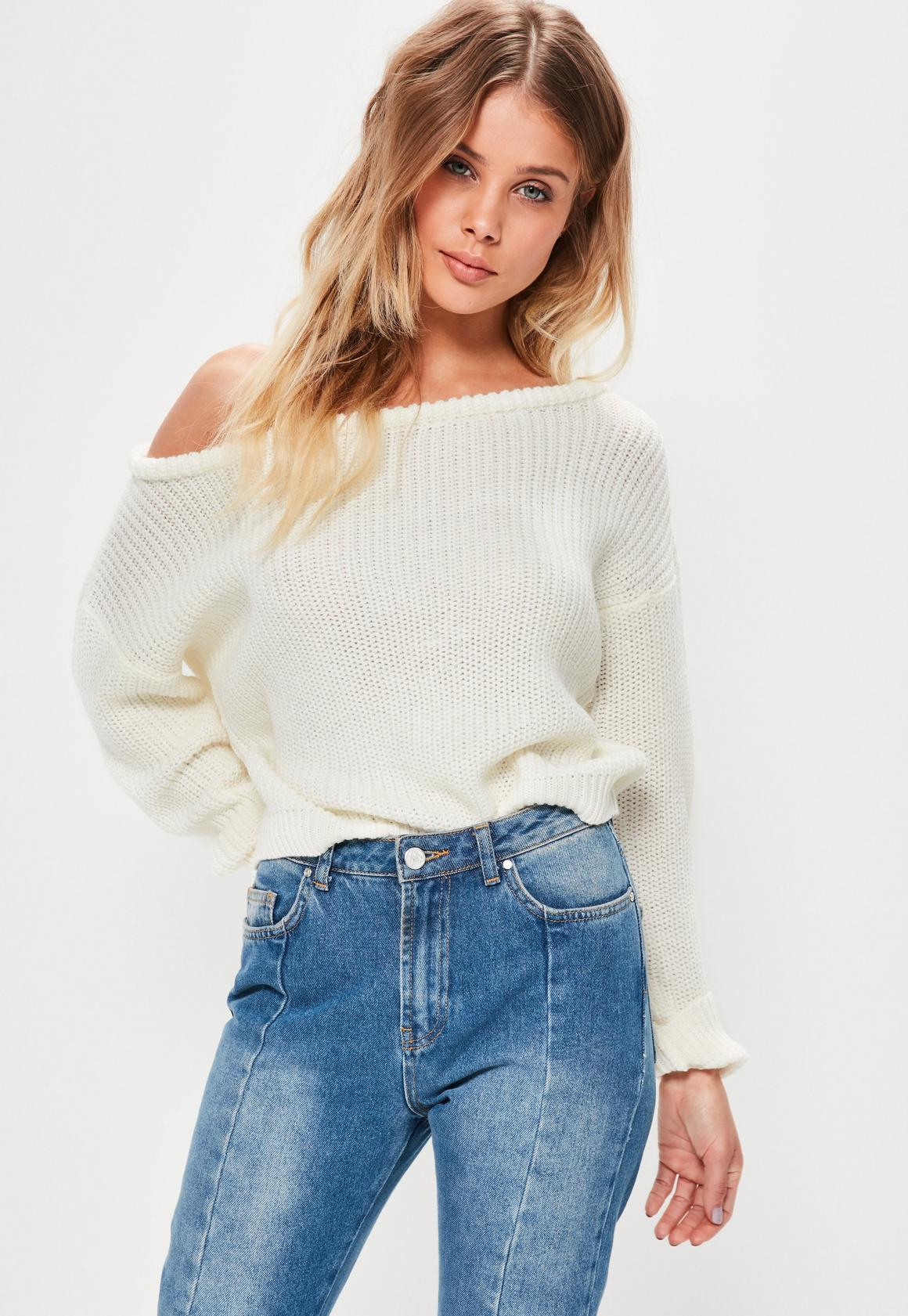 Cream Off Shoulder Cropped Sweater | Missguided