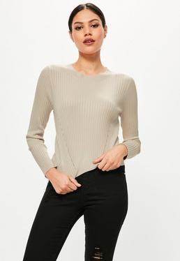 Beżowy krótki prążkowany sweter