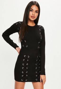 Czarna dopasowana swetrowa sukienka mini