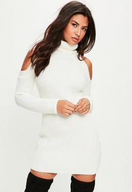Vestido jersey de punto con hombros descubiertos en blanco