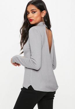 Szary sweter z wycięciem na plecach