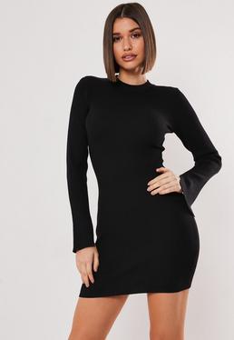 Vestido con manga larga de punto en negro