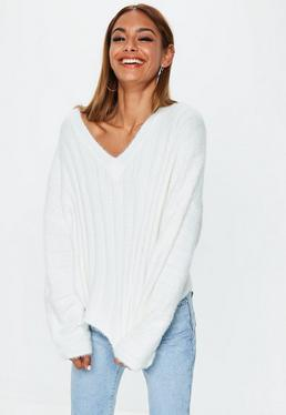 b937b016627d25 V Neck Jumpers. White Jumpers