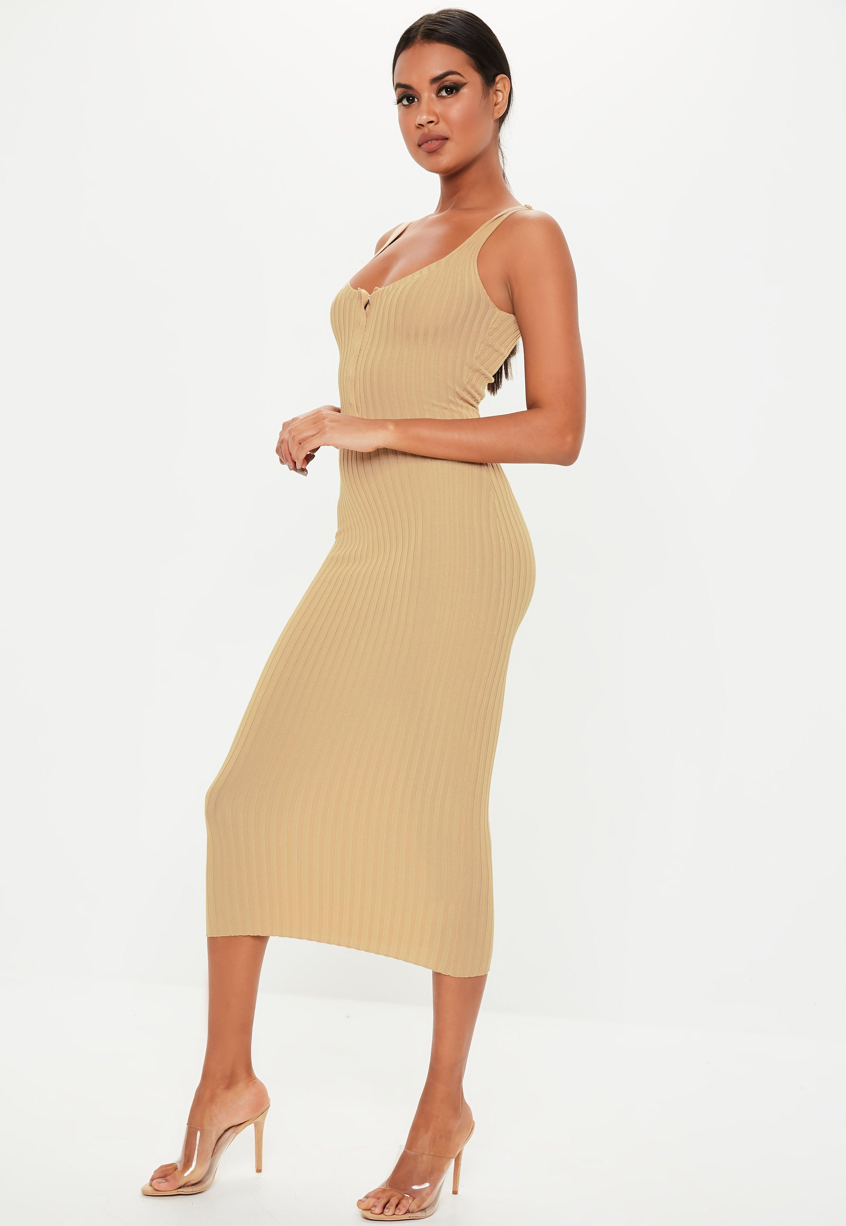 3444b8700d2a9 Maxi Dresses | Long & Flowy Dresses - Missguided