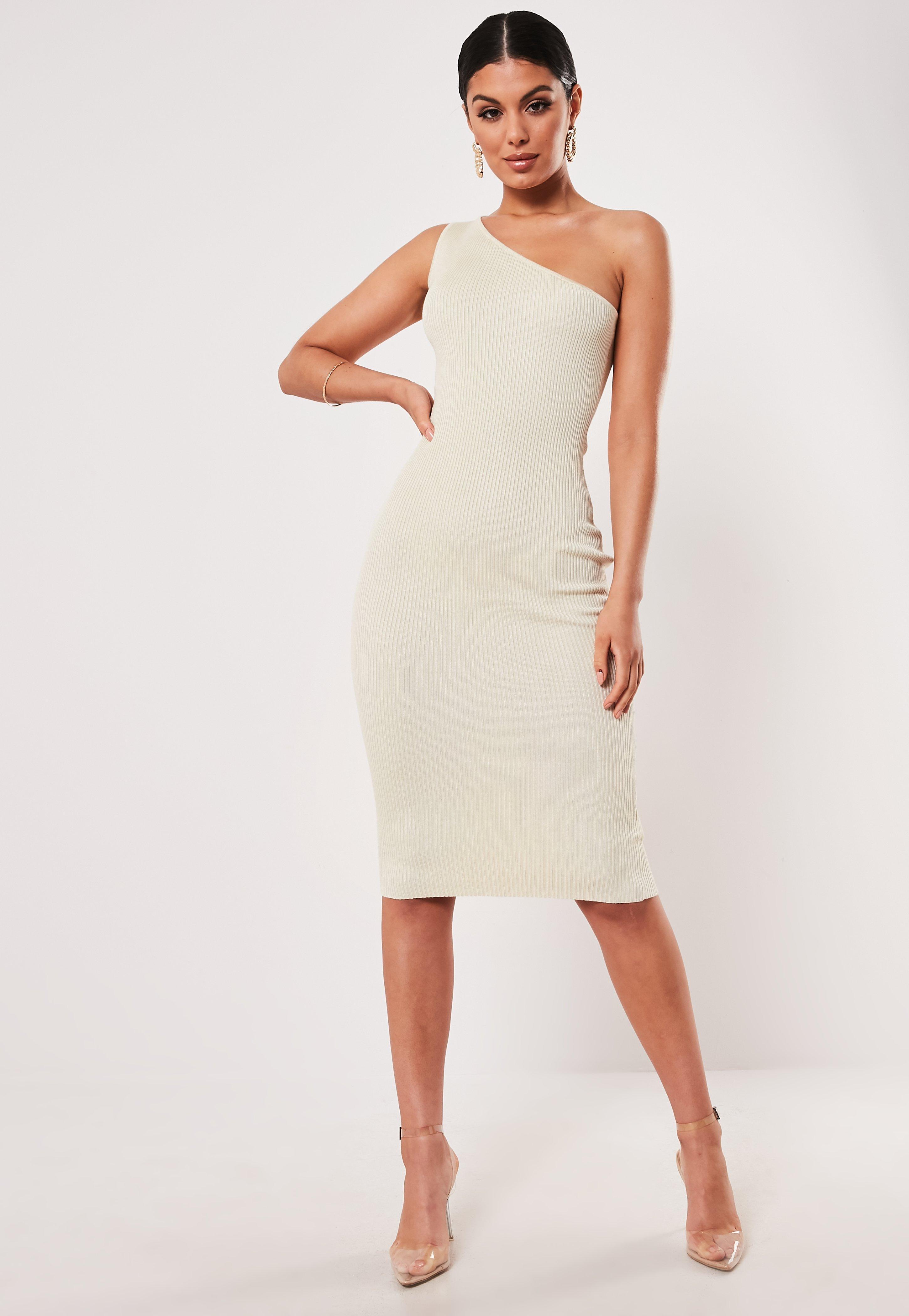 d385371d6081 Nude Dresses | Beige & Camel Dresses - Missguided