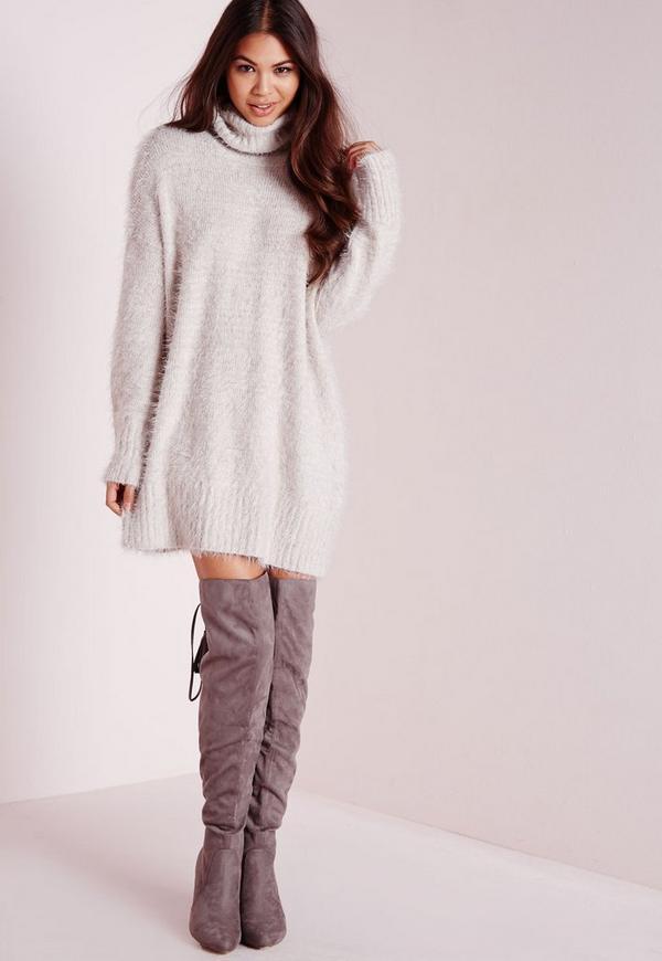 Robe,pull en laine poilue grise col roulé