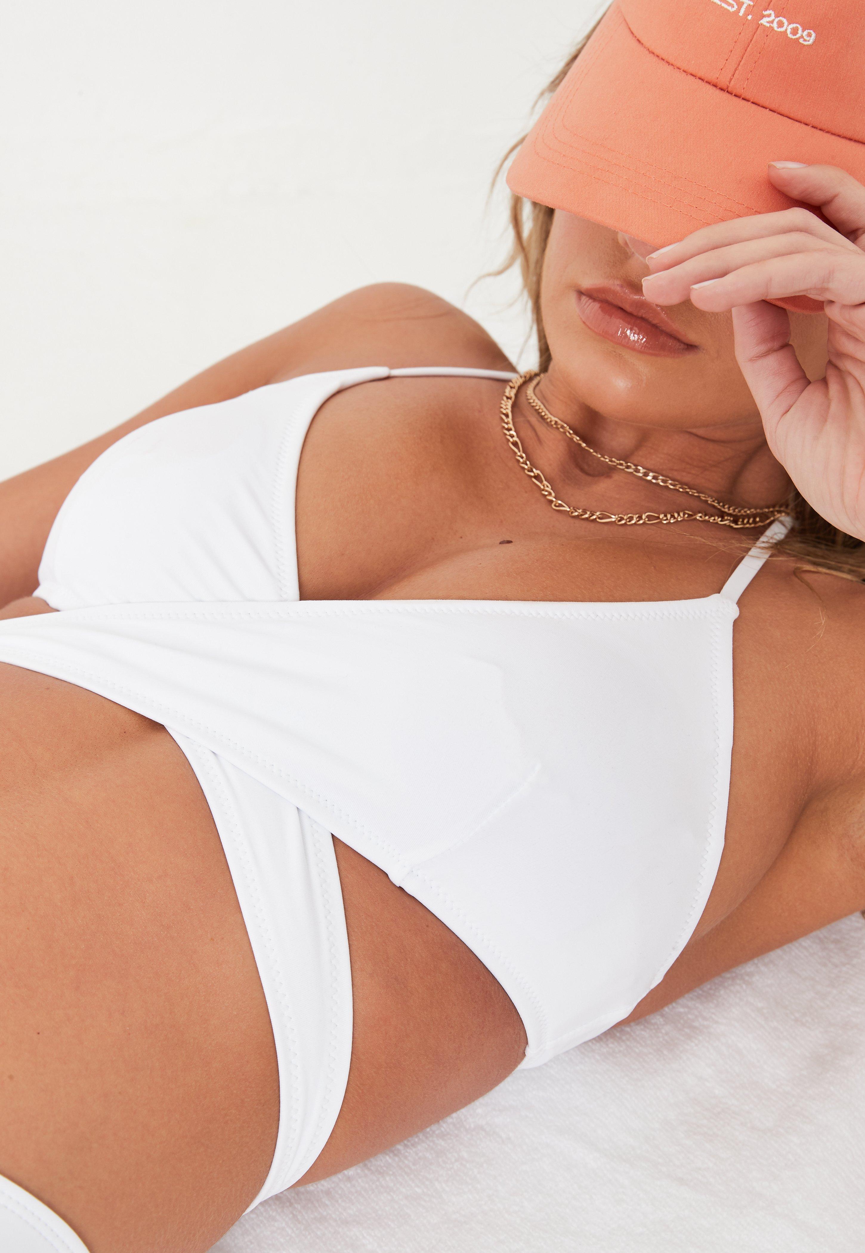 b2182c0d63e9 White Swimwear   White Bikinis & Swimsuits - Missguided