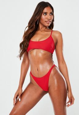 Bikini top estilo deportivo con espalda cruzada en rojo - Mix&Match