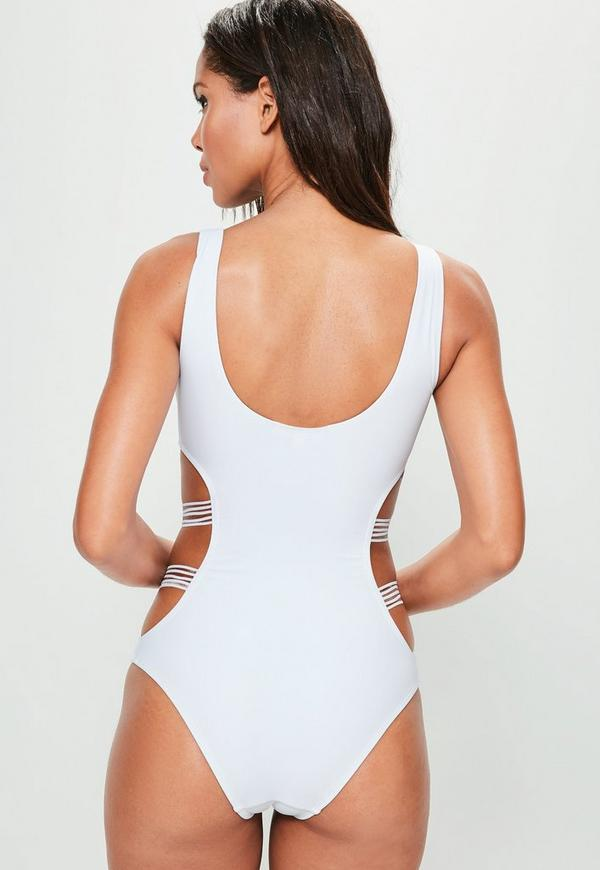 One Piece Swimsuits & Monokinis Shop the latest range of one piece swimsuits and monokinis that are ultra stylish, designed to flatter and accentuate your figure. Our cut out swimsuits will give you all the confidence you need to stun in the sun.