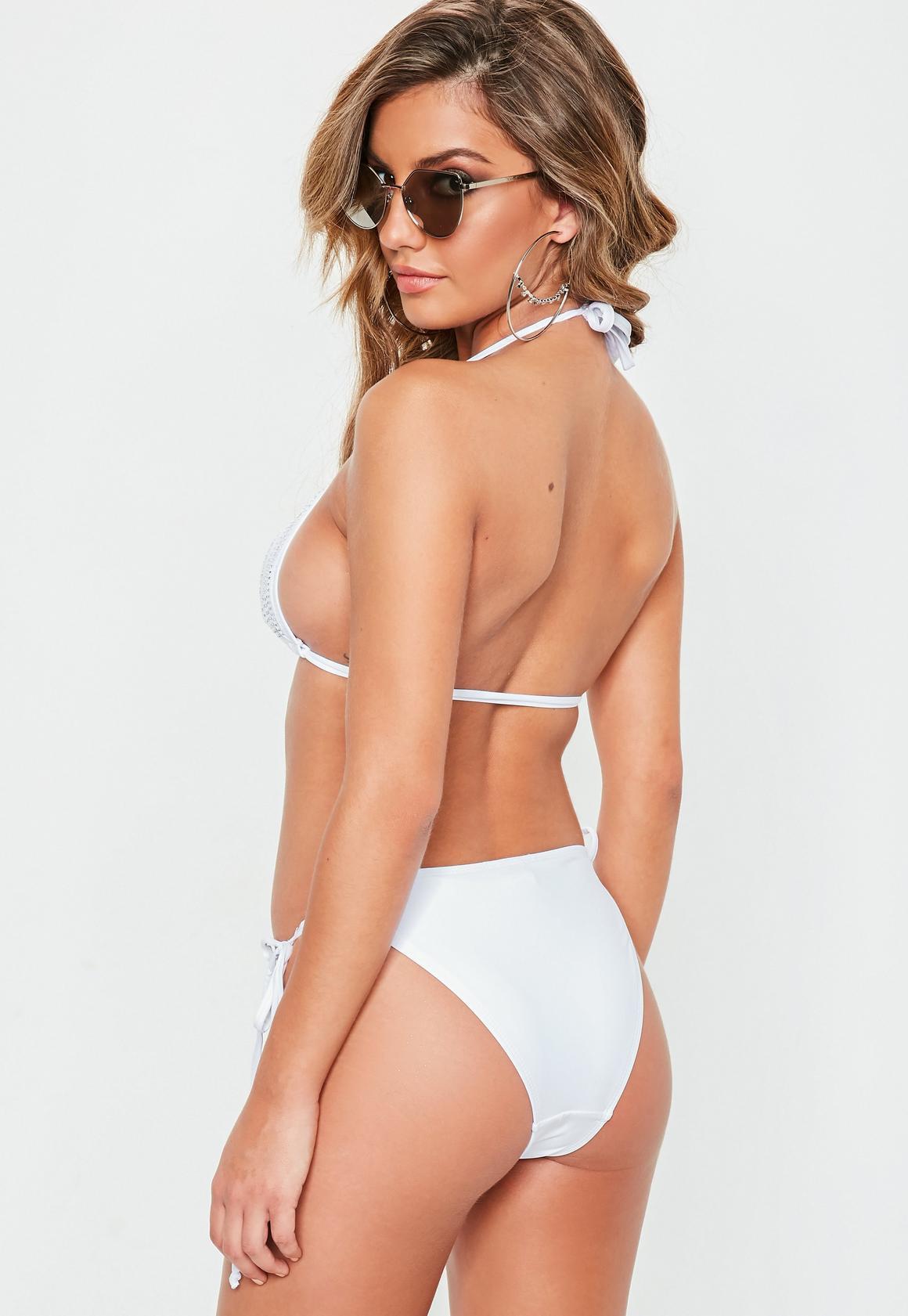 Missguided - Verziertes Triangel Bikini-Set in Weiß - 2