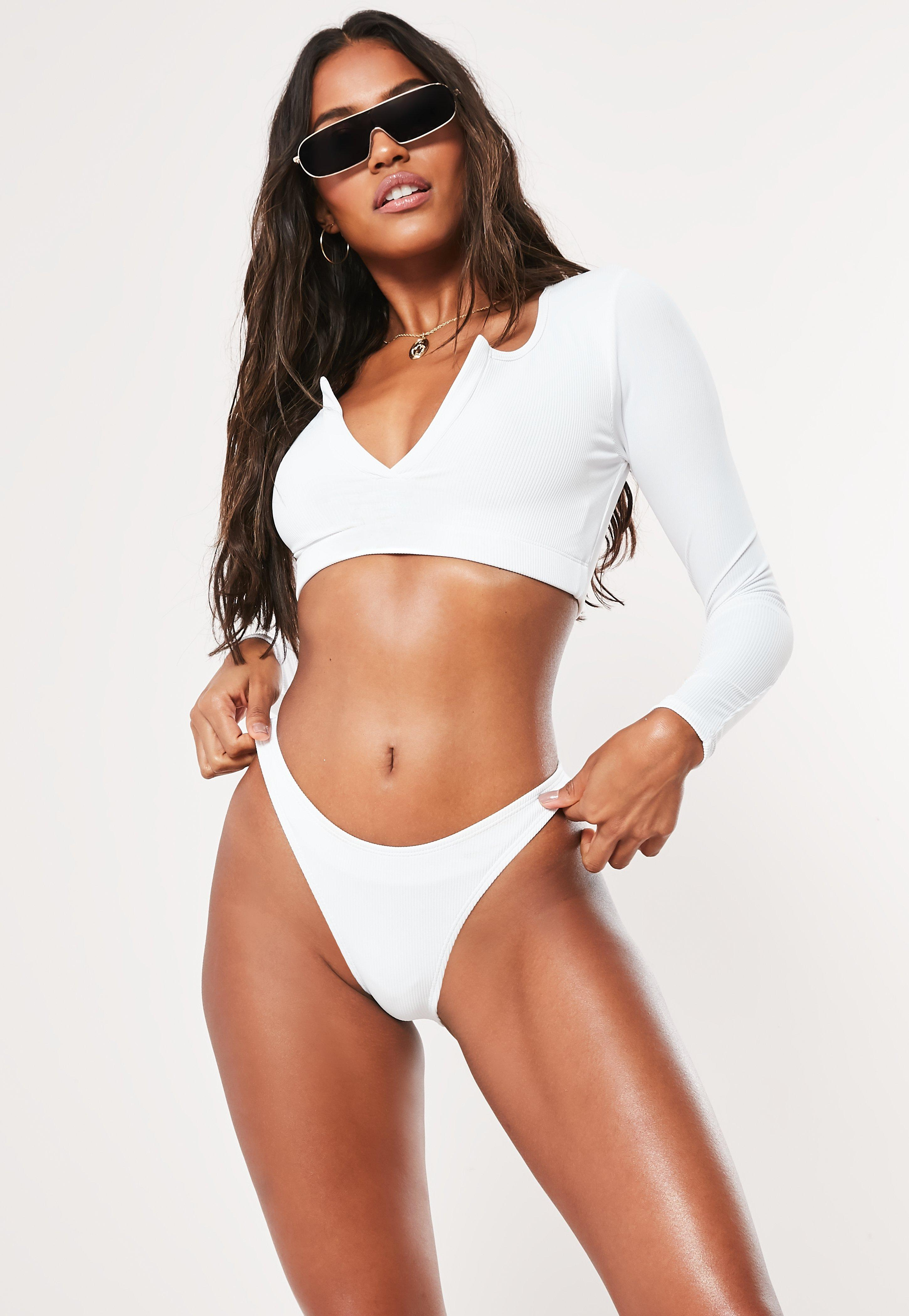 c4ad735c5cf3 Swimsuits Women s - One   Two Piece Swimsuits - Missguided