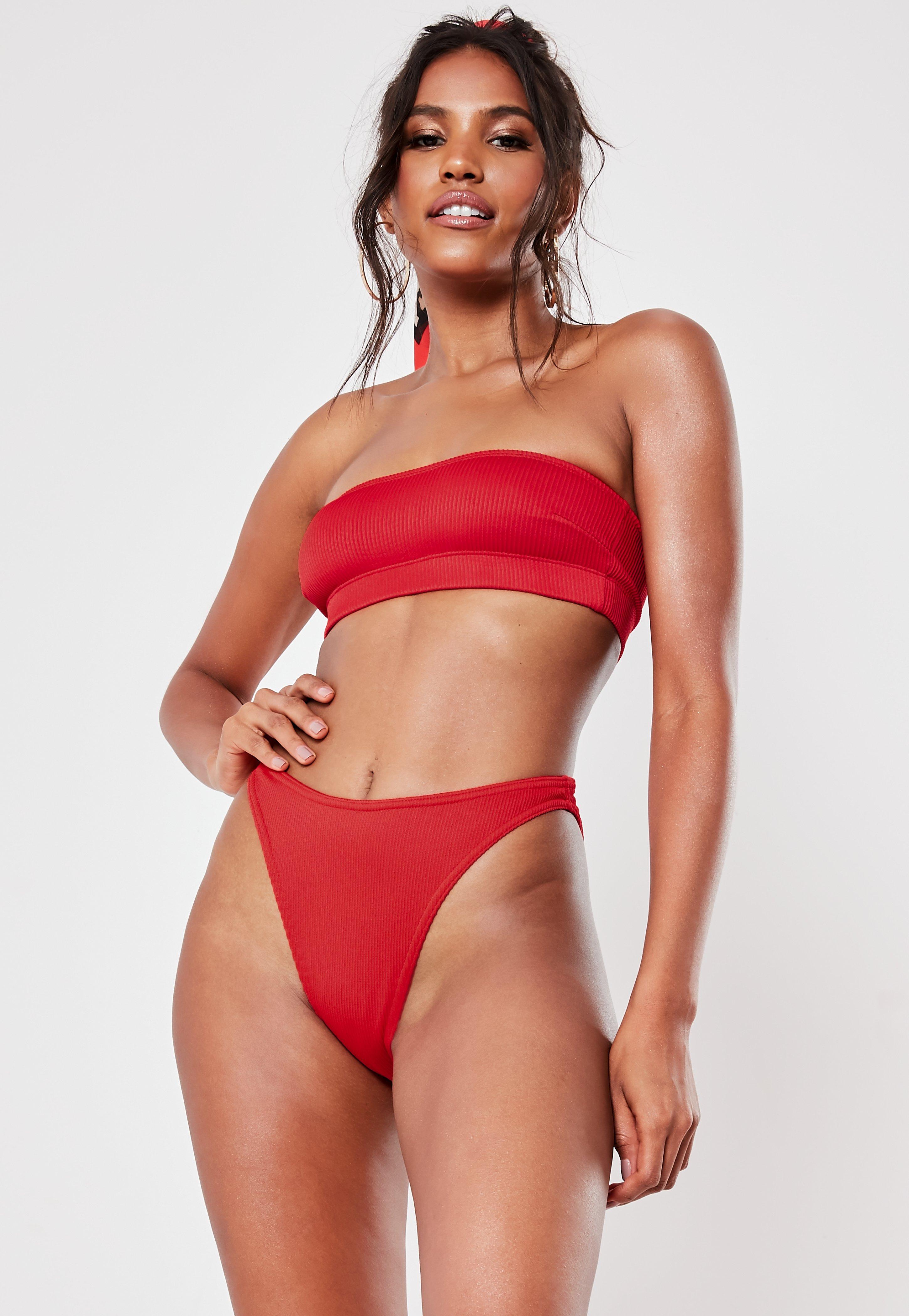 attraktive Farbe beliebte Geschäfte 100% hohe Qualität Geripptes Bandeau Bikini-Oberteil in Rot