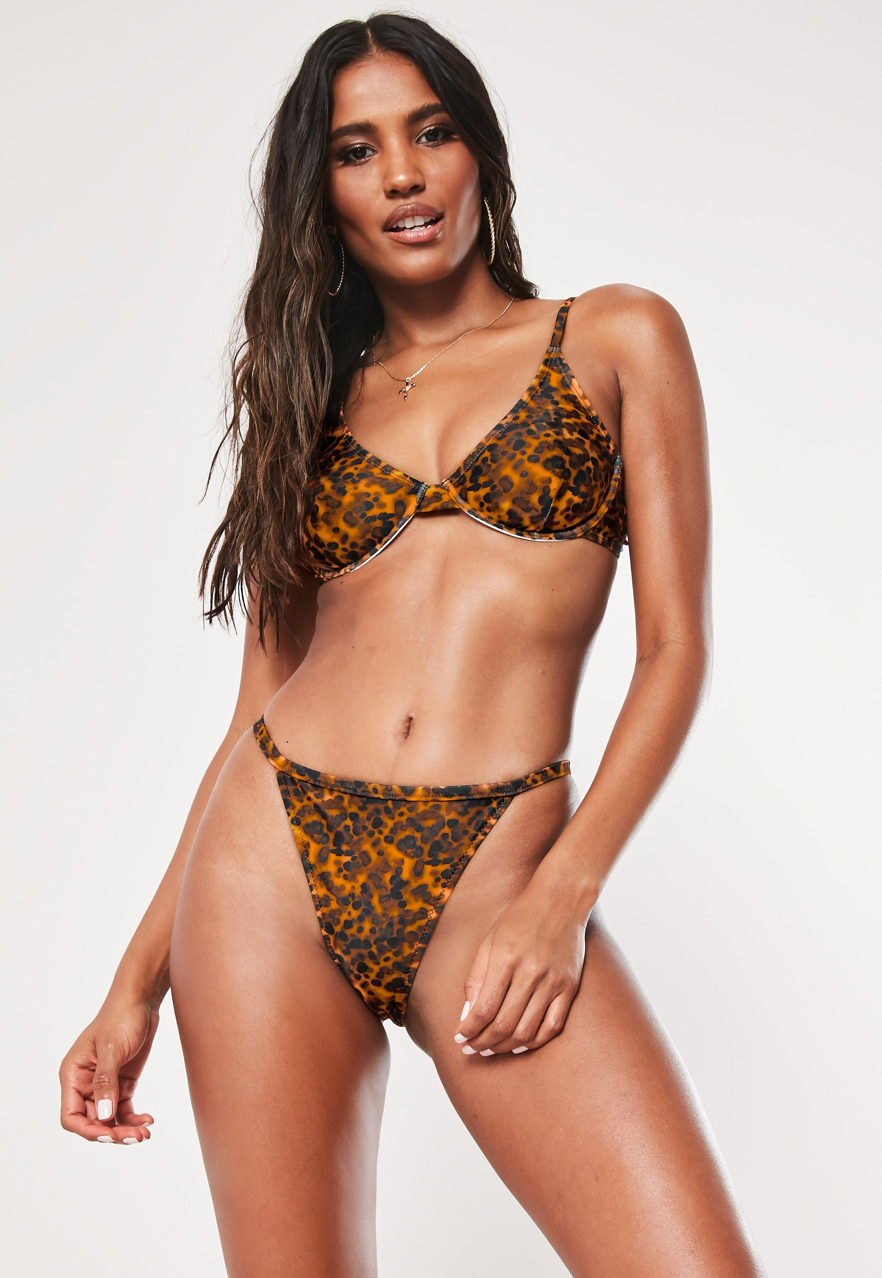 5a02a7033 Swimsuits Women s - One   Two Piece Swimsuits - Missguided