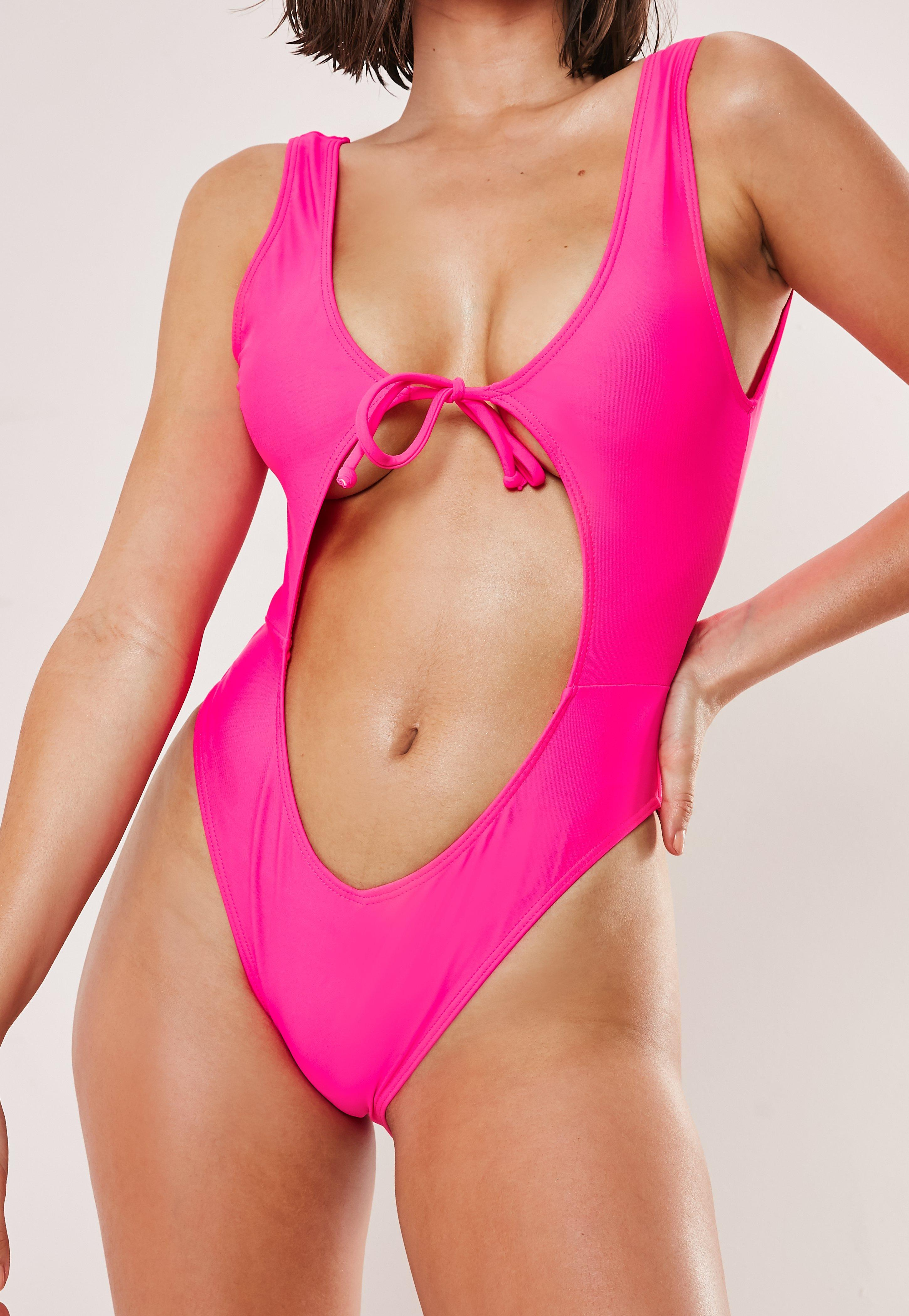 bcfdce09748 Swimsuits Women's - One & Two Piece Swimsuits - Missguided
