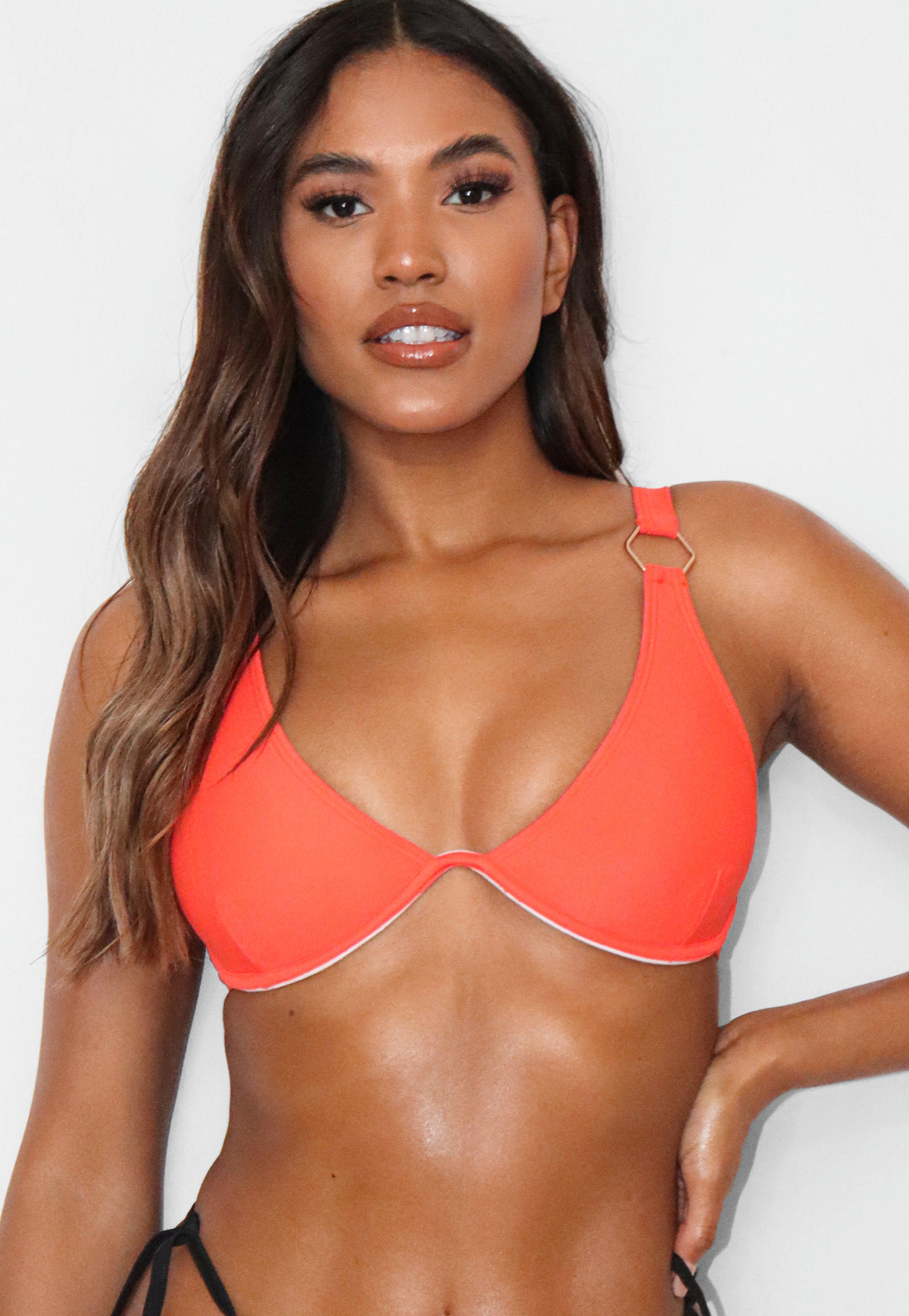 orange top grau unten bikinis